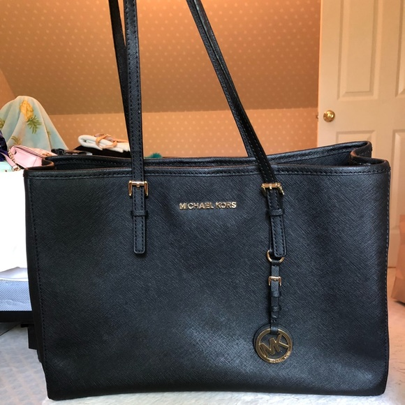 Michael Kors Handbags - Black Michael Kors Purse